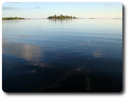 Havet vid tegelbruksviken här i Karlshamn.