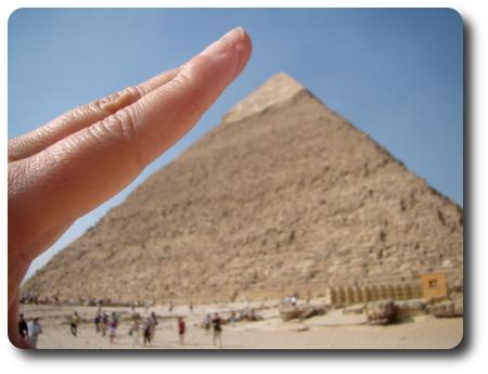 Pyramiderna är inte så stora som man tror!