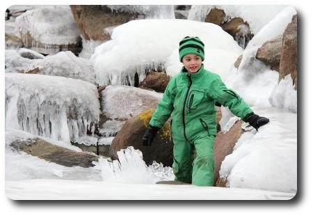 Pojke i vinterlanskap